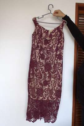 Vestido Missguided Talla 10 Burgundy