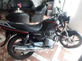 Honda cb 125E