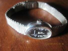 vendo cambio permuto reloj para dama SANDOZ ,., suizo de cuerda