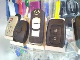 Carcasas, Clonación, programación, de llaves con chip para autos y motos.Cerrajería Automotriz y residencial.Bucaramanga