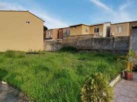 Terreno de venta en la Urbanización Villa del Rey, forma regular, 100 m2