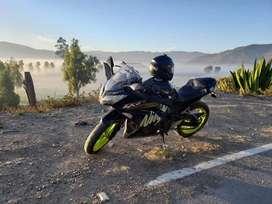 Se vende Kawasaki Ninja ex300