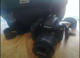 Vendo cámara en excelente estado poco uso único dueño