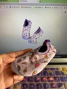 Zapatos de playa para bebes