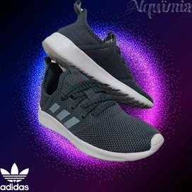Adidas: Tenis Cload Foam Pure, Talla 37 - 6(US).