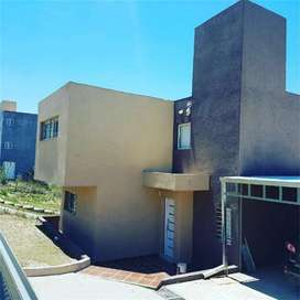 cod 419 alquiler anual Duplex 2 dorm en villa del Lago