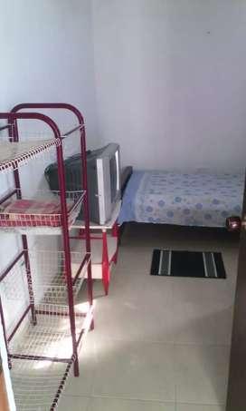 Se arrienda dos habitaciones amobladas en gaira