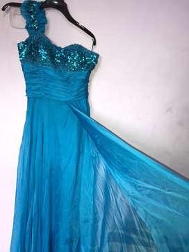 Hermoso vestido elegante ( usado)