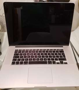 "MacBook Pro 15"" retina display SSD 512GB 16GB ram DDR3"