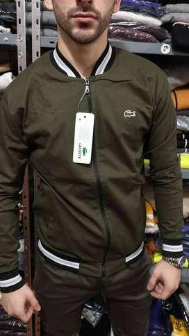 chaqueta lacoste hermosa
