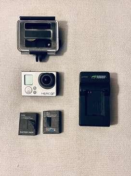 Gopro® Hero 3+  mas cargador y dos baterias