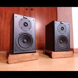 Jamo parlantes monitores bafles polk klipsch kef Bose Yamaha marantz denon onkyo sansui technics pioneer fisher akai jbl
