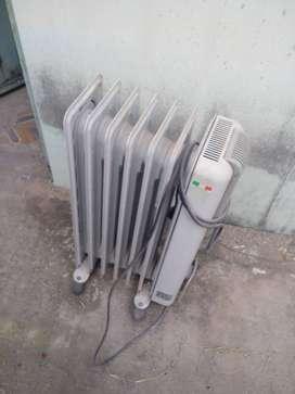 Estufa radiador de aceite eléctrica 1500 w DeLonghi