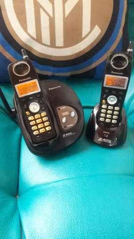Panasonic Duo con identificador y altavoz. Teclado y pantalla luminosa
