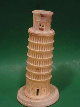 Torre De Pisa. Escultura En Alabastro