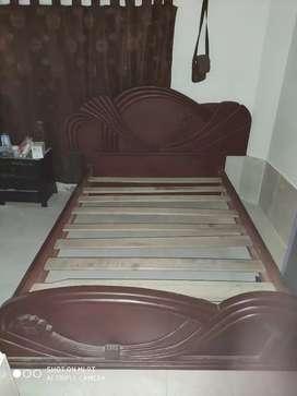 Cama de 1.40 pura madera
