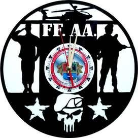 reloj de pared en disco de acetato o LP ..FF,AA,