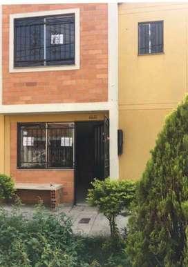 Casa de 2 pisos 2 habitaciones opcional 3 en el barrio paseo del puent