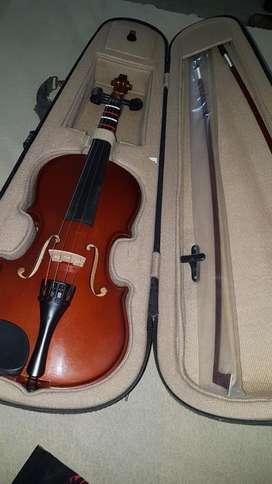 Violin ,autografiado por Bentley