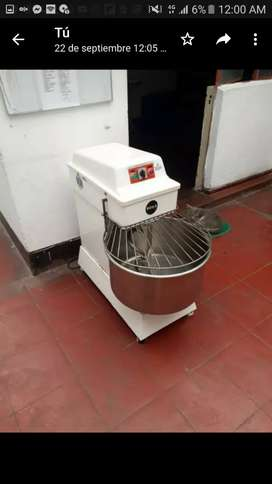 Amasadora. 40 kg-120Lt