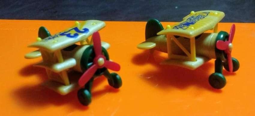 Aviones Kinder Colección 0
