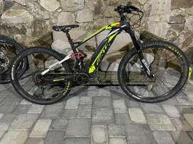 Bicicleta fantic como nueva