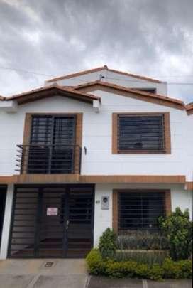 Se vende casa en piedecuesta 3 pisos