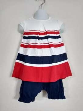 Vestido bebé..unido con calzonsito pañalera con broches