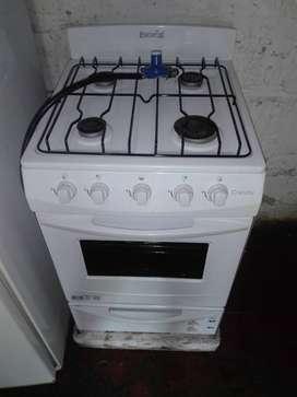 Cocina nueva se uso solo media hora una sola vez