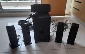 Equipo de sonido, casi nuevo, sin bluetooth, precio negociable