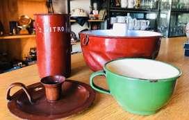 Enlozados antiguos, medida, flanera, candelero y taza