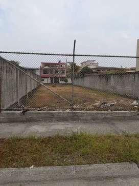 Terreno en Alquiler en la Garzota, 300 Mt2, Norte de Guayaquil.