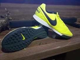 Pupillos Nike nuevos originales talla 9