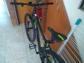 Bicicleta Haro Flightline Two 29, 18'