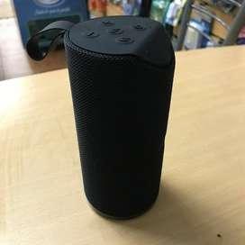 Parlante Bluetooth Portatil Manos Libres Usb Resistente Agua