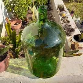 Bidon antiguo de vidrio