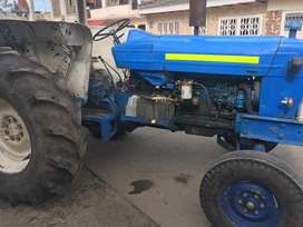 Tractor ford 5000