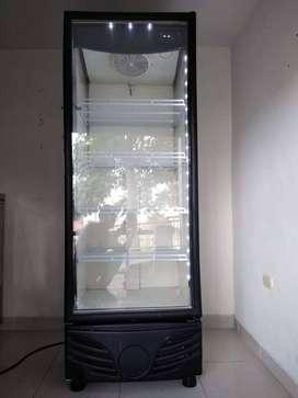 Refrigerador Vitrina Industrial Vertical - Coldline
