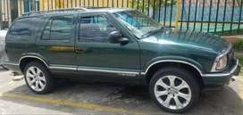 Camioneta chevrolet, blaizer SL MODELO 97