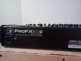 Consola makie profx30 24 canales