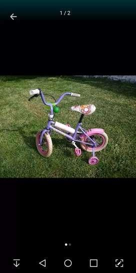 Vendo bicicleta rod.14 nena