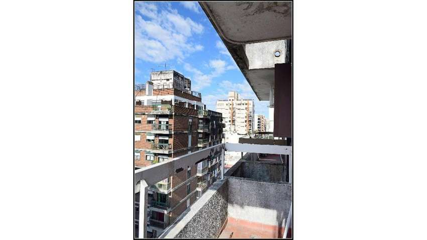 Buenos Aires  1500 09  -  6.300 - Departamento Alquiler 0