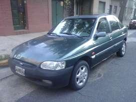 Ford Escort Ghia 1998 Nafta Full