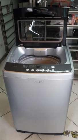 Lavadora digital Haceb 26 libras usada como nueva