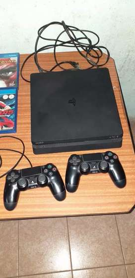 VENDO PLAY 4 EN EXCELENTE ESTADO