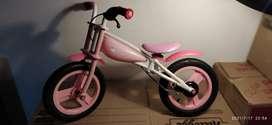 bicicleta itsimagical para niña USADA