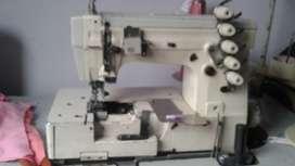 Maquina de coser Collari en oerfecto estado