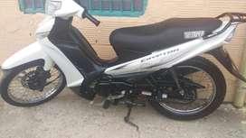 Moto yamaha modelo 2012 barata