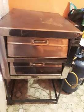 Se vende horno de asar pandebono y fritador en buen estafo