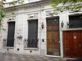 Alquila casa en calle 51 e/20 y 21